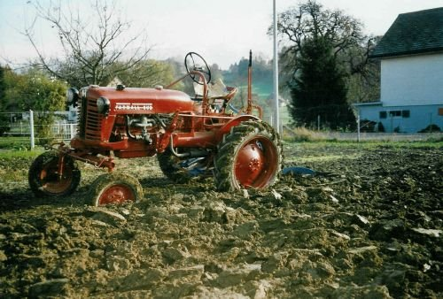 Restauration Traktor Farmall Cub